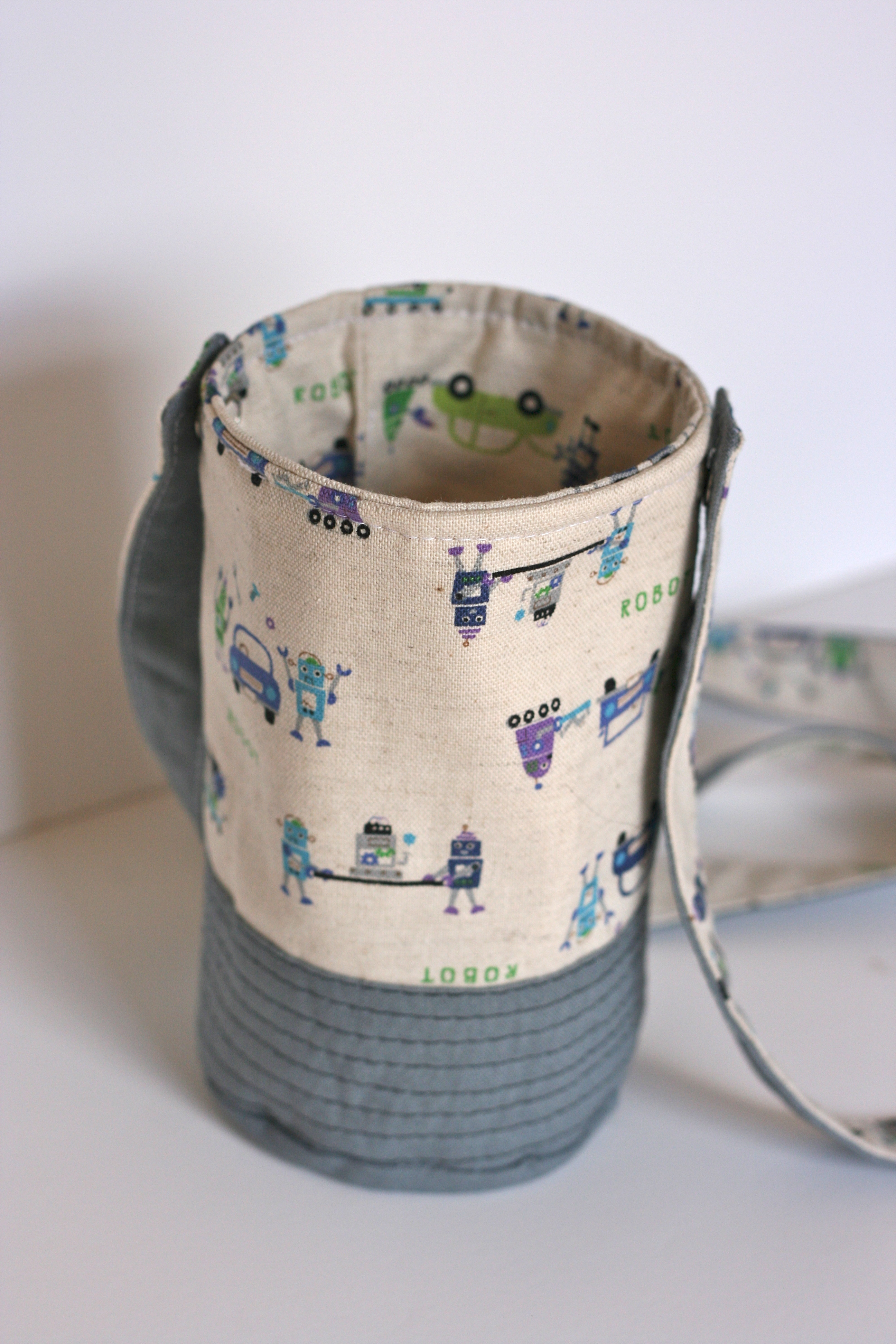Zakka Style Sew Along - Wrap Up! - i heart linen : quilted water bottle holder pattern - Adamdwight.com